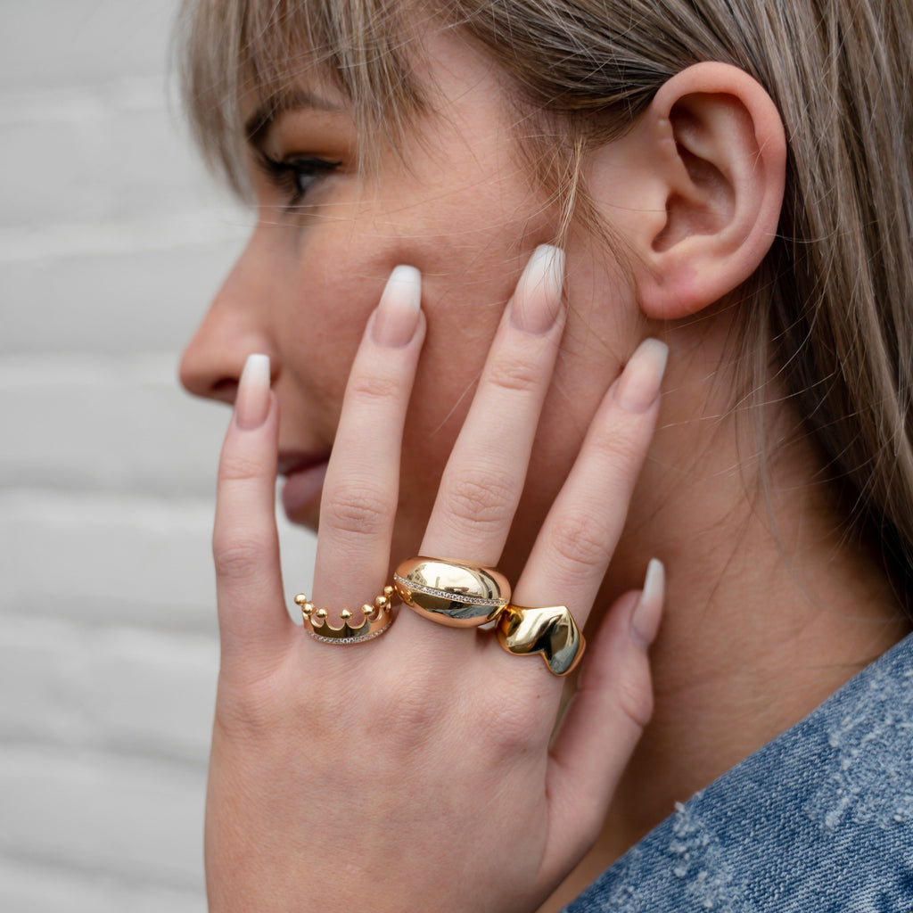Statement Gold Heart Ring JEWELRY The Sis Kiss