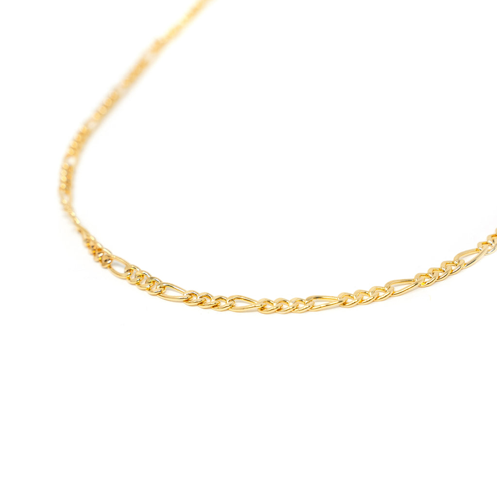 Dainty Gold Figaro Chain Necklace JEWELRY The Sis Kiss