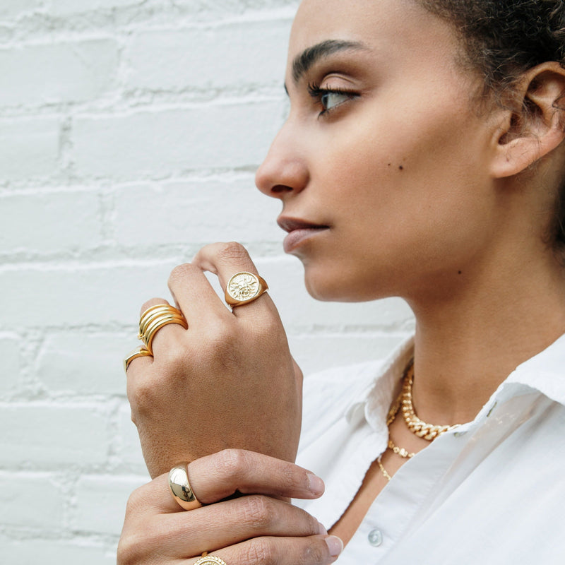 Connected Five Gold Stackable Rings JEWELRY The Sis Kiss