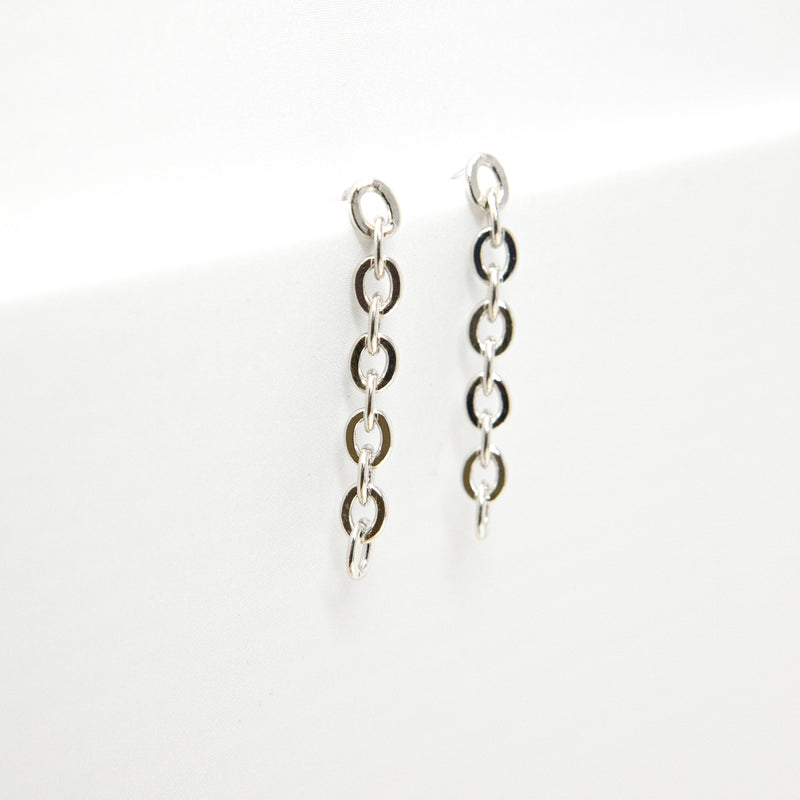 Chain Link Drop Earrings JEWELRY The Sis Kiss Oval Silver