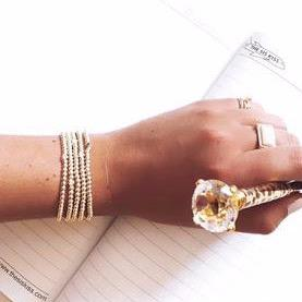 Tiny Heart Gold Stretch Bracelet JEWELRY The Sis Kiss