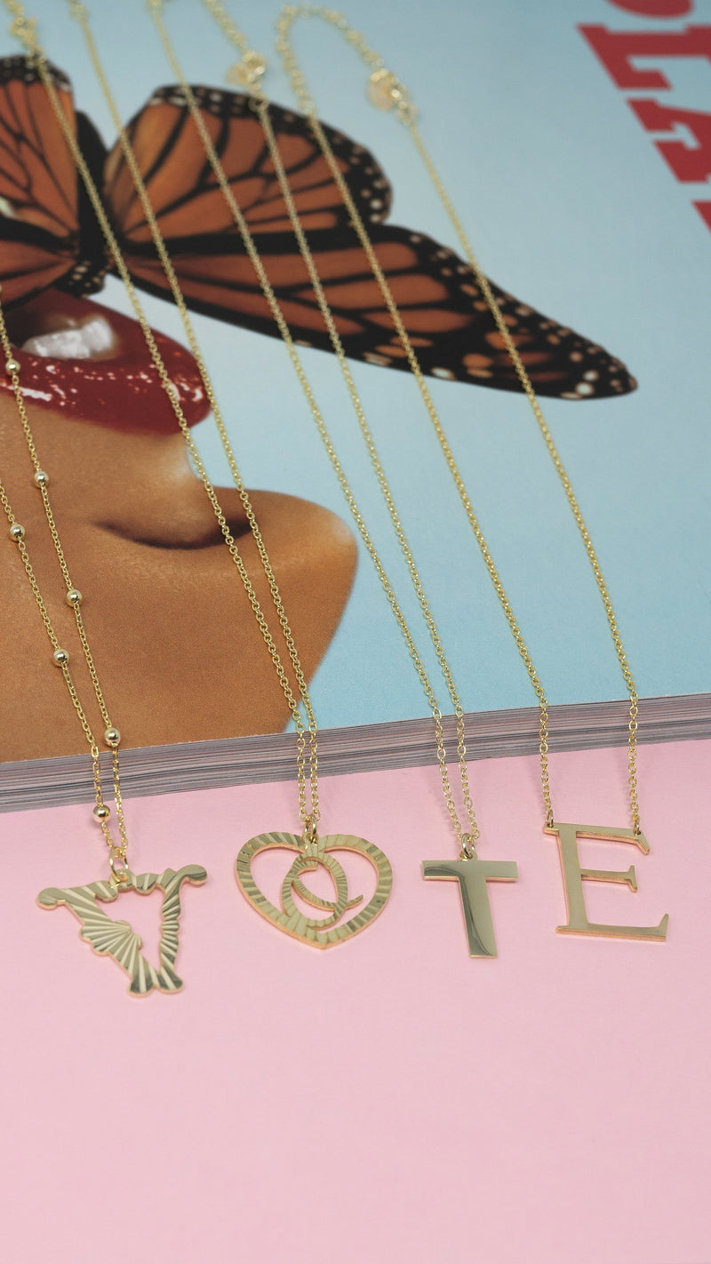 The Sis Kiss Muse Heart Initial Necklace JEWELRY The Sis Kiss