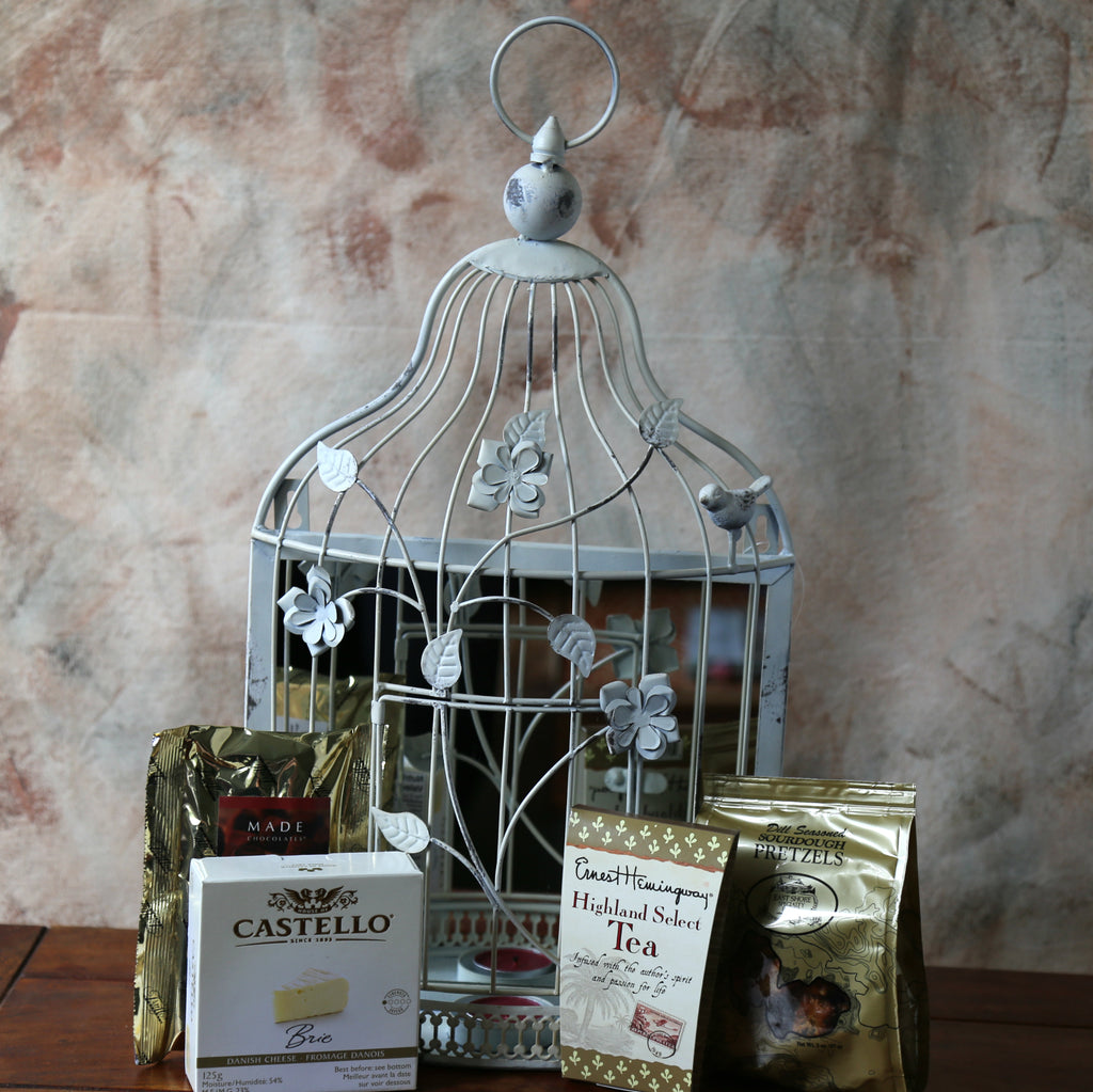 Gift BAsket Rustic Mirror | Basket Revolution| Birthday| New House