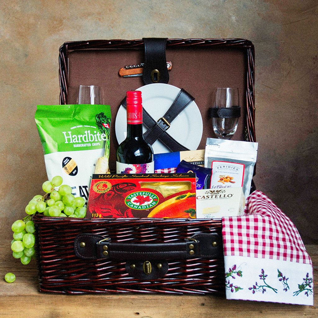 Basket Revolution Gourmet Picnic Willow Gift Basket Vancouver for 2 people -
