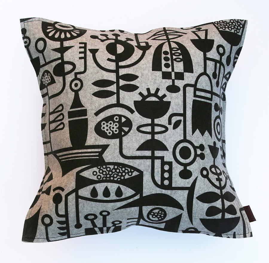 Living Laboratory Cushion Medium
