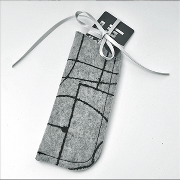Glasses case custom felt eco-friendly soft and perfect to protect lenses.