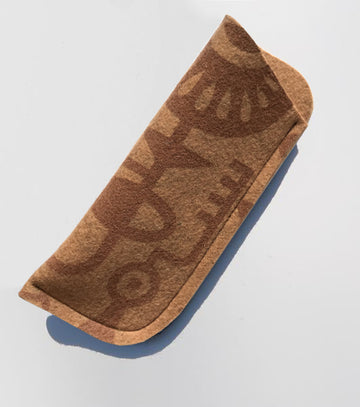 Glasses case handmade felt eco-friendly soft and perfect to protect lenses.