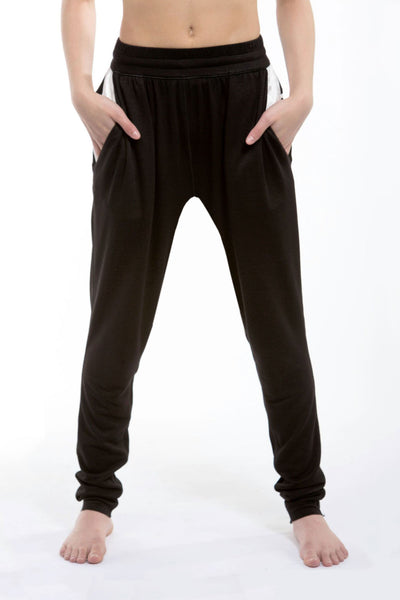 girls kangaroo sweatpants