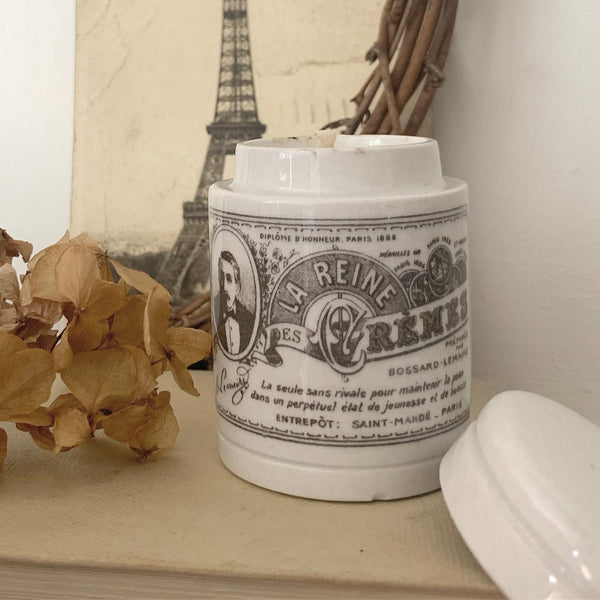 Victorian French Cosmetic Pot Candle in Wild Fig