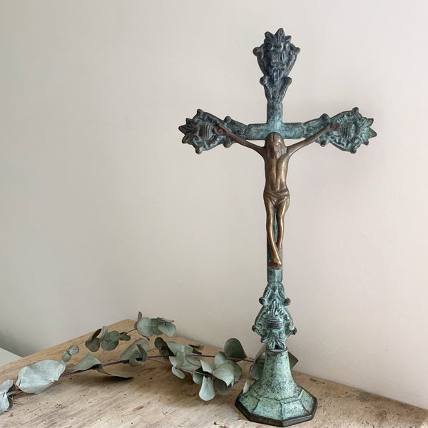 Gorgeous Vintage Cross