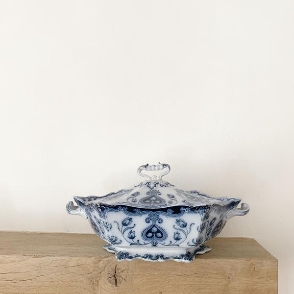 F & Sons Oxford Large Vintage Tureen