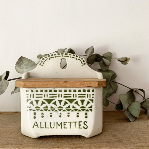 Vintage French Allumettes Match Box