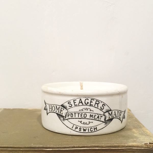 Vintage Seager Ipswich Pot Candle in Pomegranate & White Fig