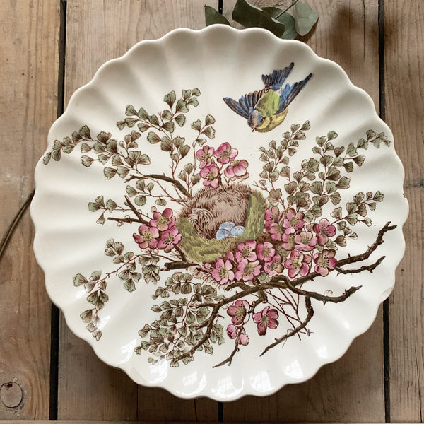 Beautiful Bird Detail Vintage Cake Stand