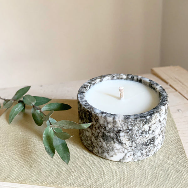 Vintage Small Marble Candle in Green Tomato Leaf