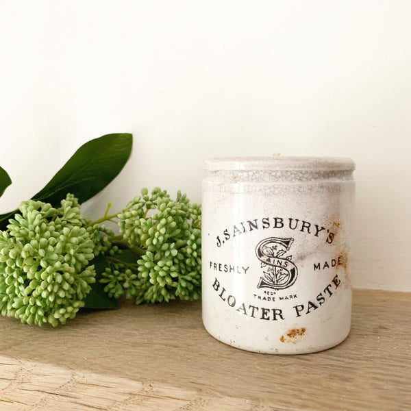 Large Sainsbury's Pot Candle in Green Tomato Leaf