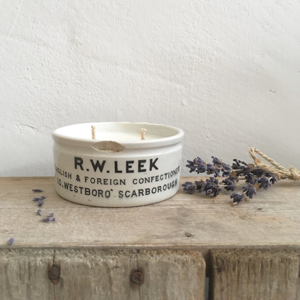 Small Vintage R W Leek Pot Candle in Lavender & Sea Salt