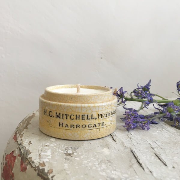 Vintage H C Mithchell Chemist Pot Candle in Green Tomato Leaf