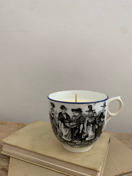 Vintage Mug Candle in Cannabis Flower