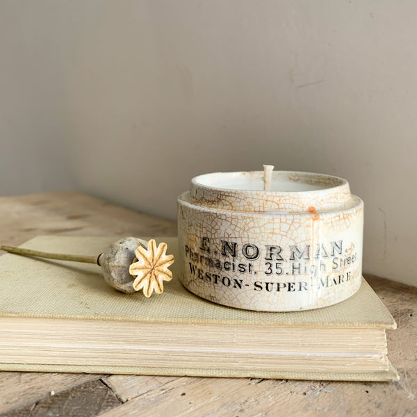 E Norman Dispensing Pot Candle in Sea Salt & Woodsage