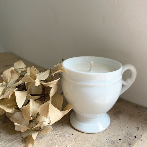 Vintage Cup Candle in Frankincense & Myrrh