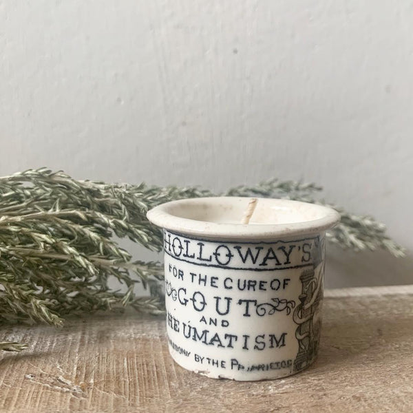 Vintage Holloway's Ointment Pot Candle in Earl Grey & Cucumber