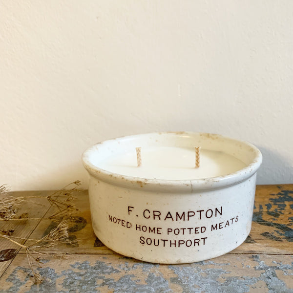Large Cramptons Vintage Pot Candle in Wild Fig