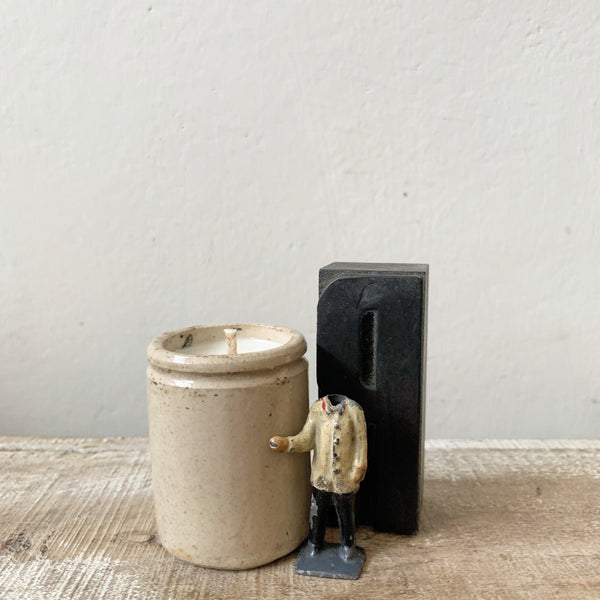 Small British Ink Pot Candle in Green Tomato Leaf