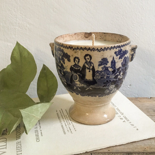 Antique French Goblet Candle in Black Tea  & Jasmine