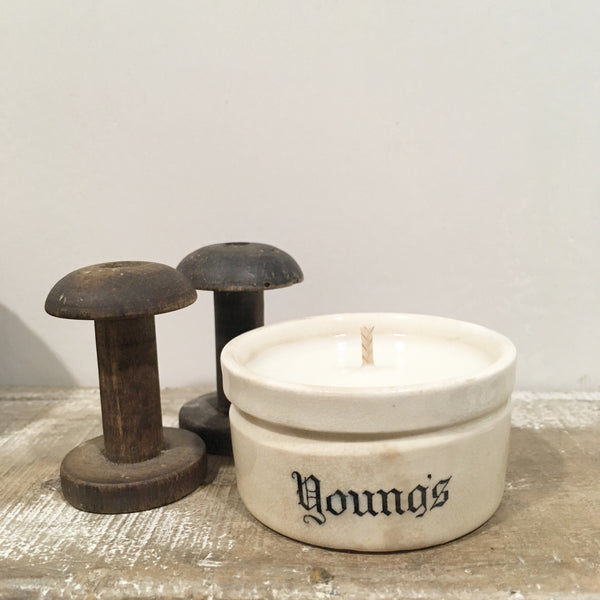 Small Vintage Young's Pot Candle in Lavender & Sea Salt