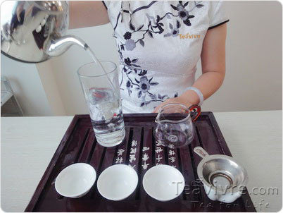 How to Brew the Famous Chinese Bi Luo Chun Green Tea