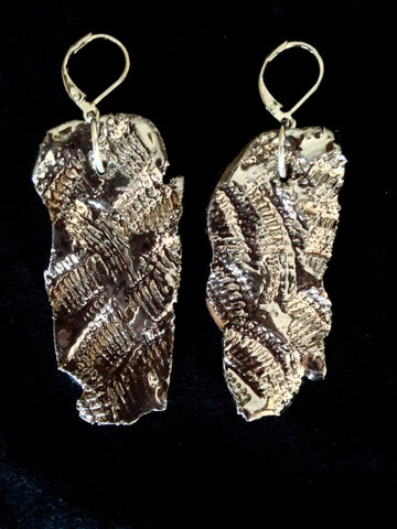 Earrings 22kt White Gold Leaf Look Hand Carved