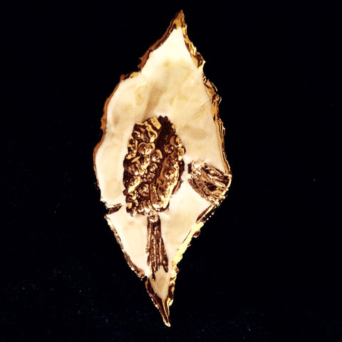 SOLD Pin Hand Carved Leaf Look 22kt Yellow Gold & Light Amber