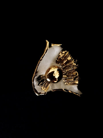 Pin Cream with 22kt Yellow Gold Hand Carved