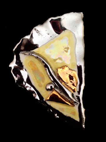 Pin Yellow with Mother of Pearl overlay and 22 kt Yellow and White gold overlay