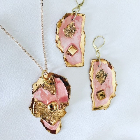 Set Necklace & Earrings Pink with 22kt Yellow Gold