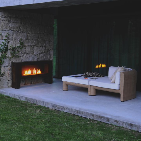 Outdoor ethanol Fireplace on patio