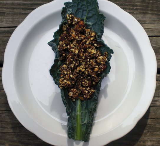 Cacao Kale-Nola, a delicious chocolaty, kale and nutty granola!