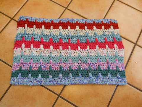 Caribbean Breeze Rag Rug Tutorial (My Second Most Favorite Rug to Make)