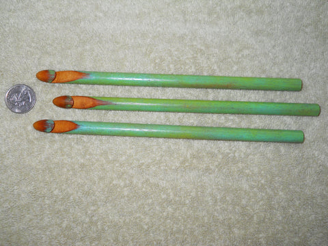 10 mm Crochet Hook Chameleon Green (Reclaimed Wood)