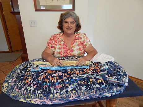 2 Denim Rag Rug Tutorials