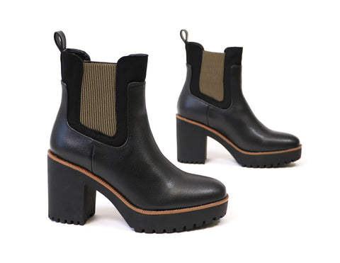Chinese Laundry lug sole black boots