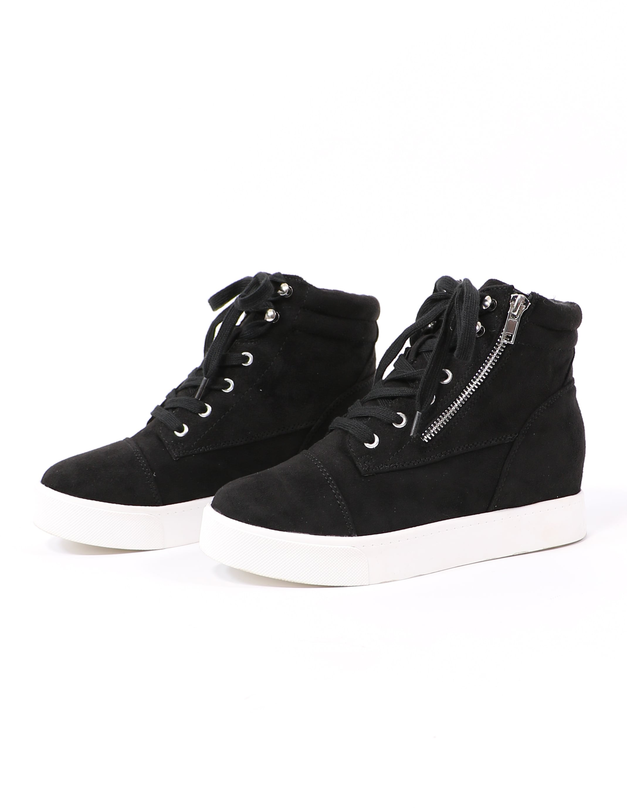Level up lace up sneaker in black on white background - elle bleu shoes