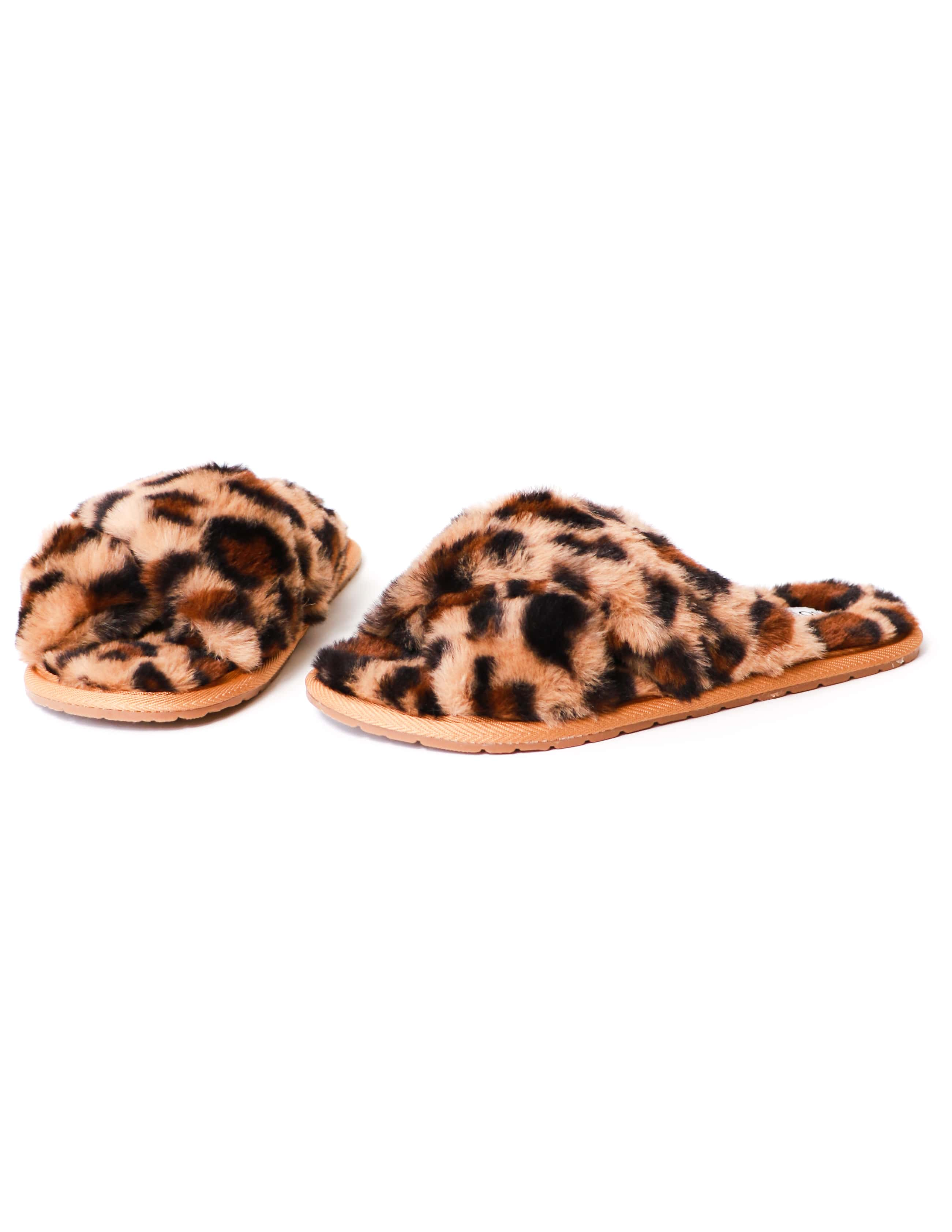 Criss cross fluffy fur slide slipper on white background - elle bleu shoes