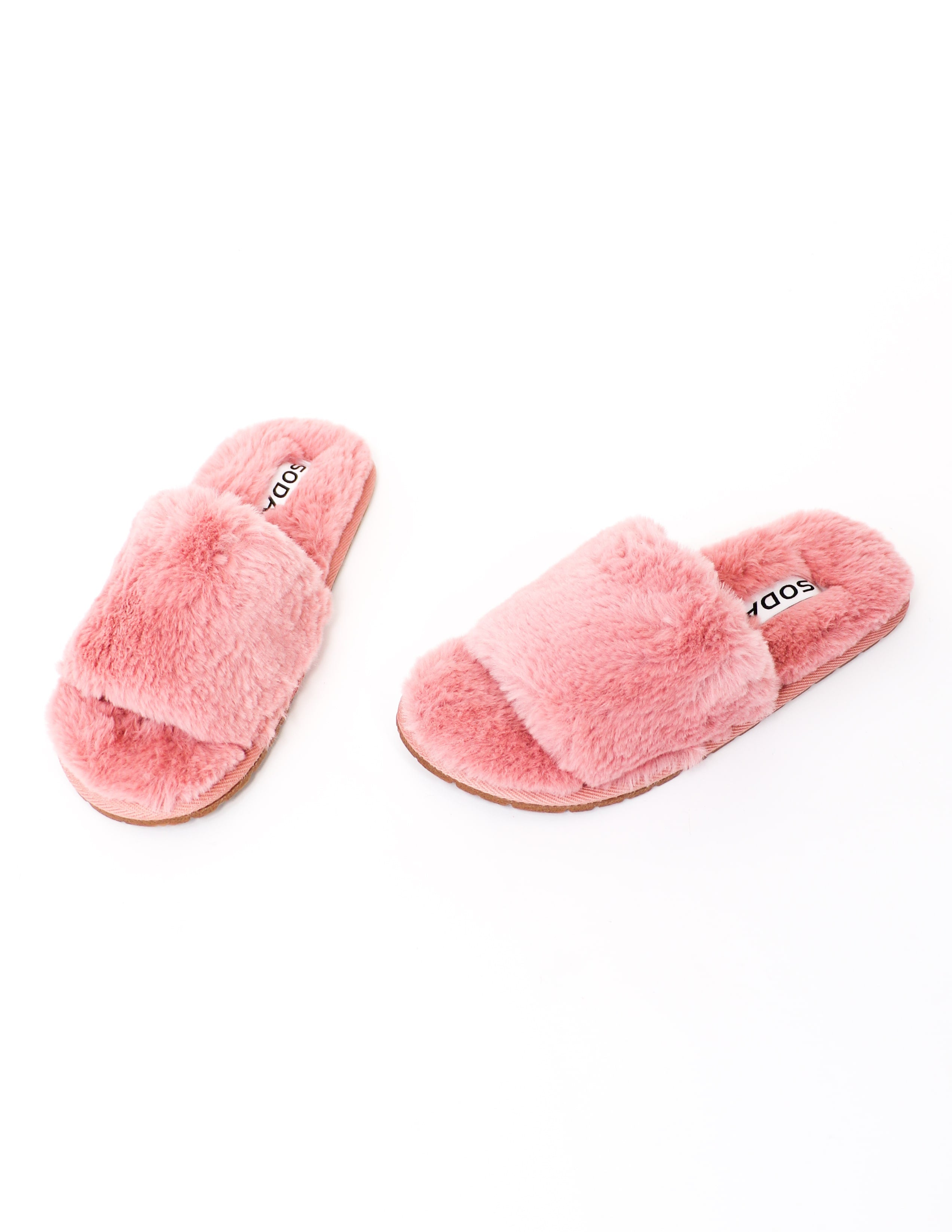 Mauve faux fur cozy for you slippers on white background - elle bleu shoes