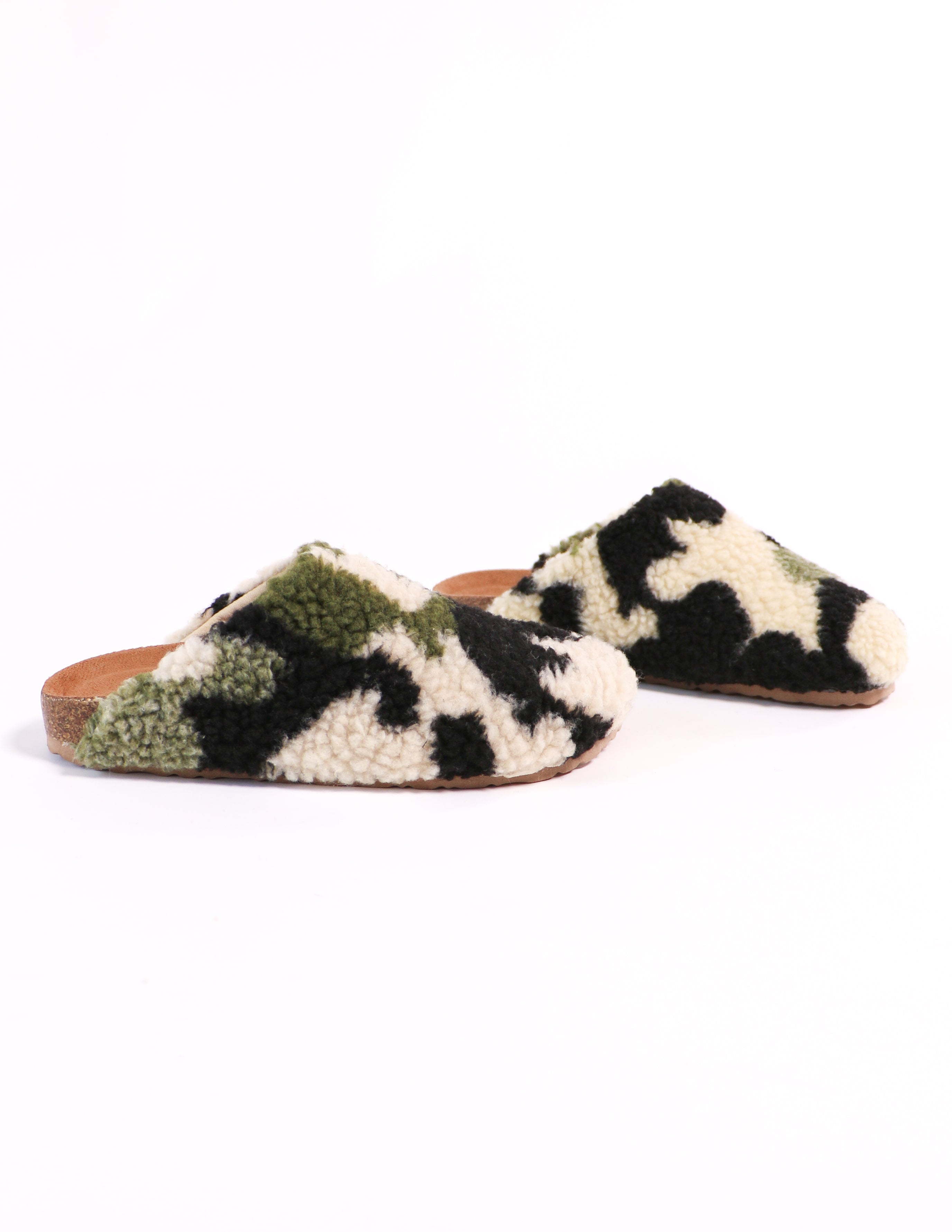 i'm teddy to go clog in camo - elle bleu shoes