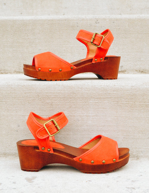 KIKI CLOG - Blood Orange - Elle Bleu Shoe Boutique