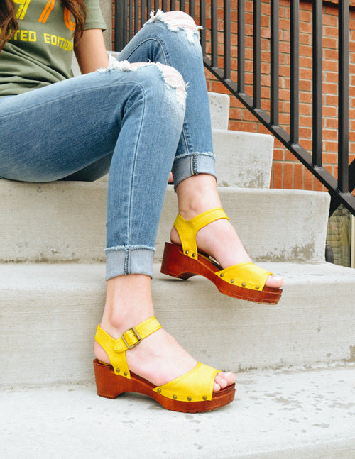 KIKI CLOG - Yellow - Elle Bleu Shoe Boutique