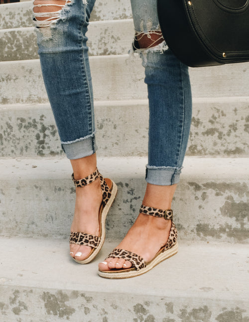URBAN VACAY SANDAL - Cheetah - Elle Bleu Shoe Boutique