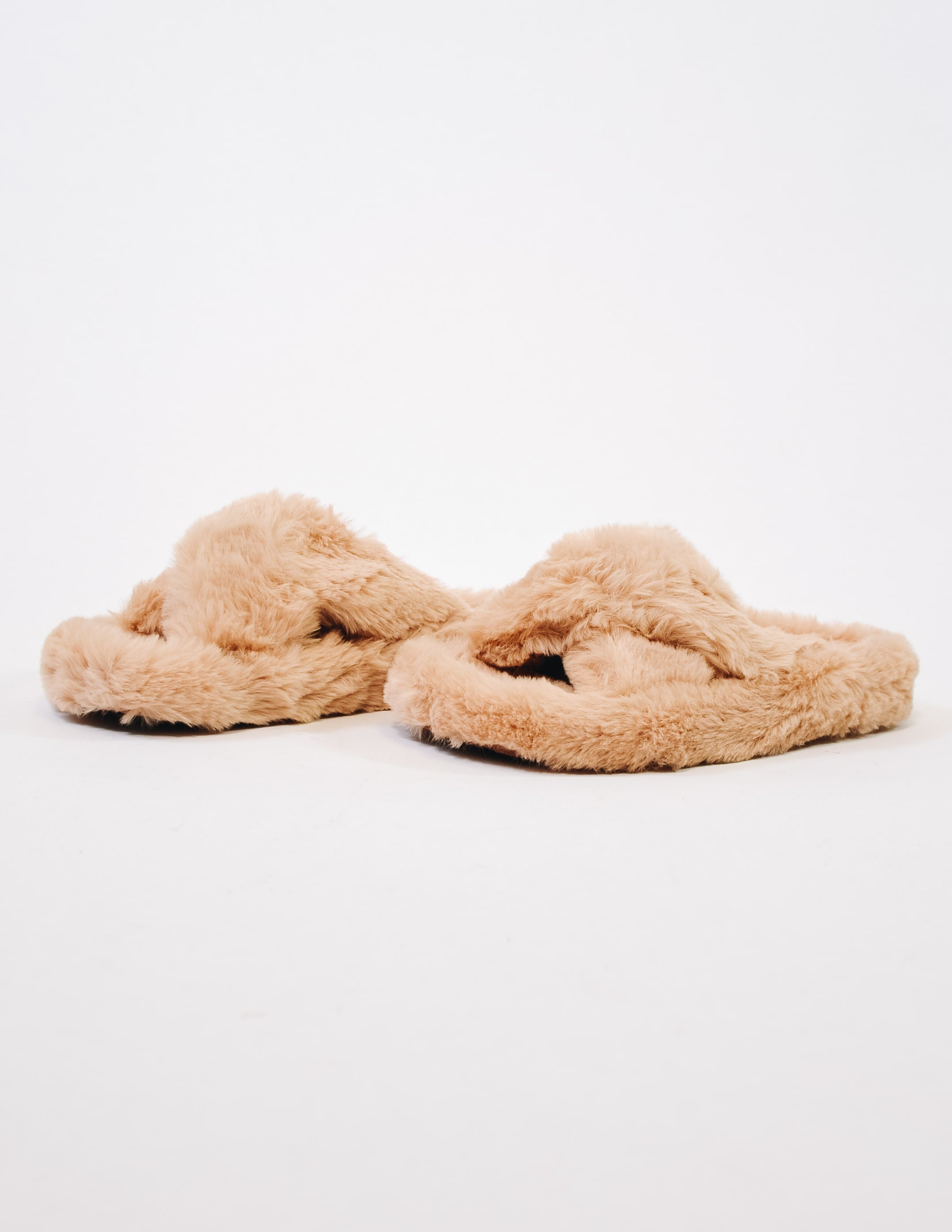 Natural comfy fur days slipper on white background - elle bleu shoes